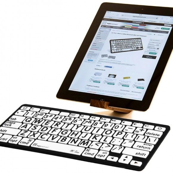 Logickeyboard-Bluetooth-Largeprint-American-English-BlackonWhite-Keyboard2-p